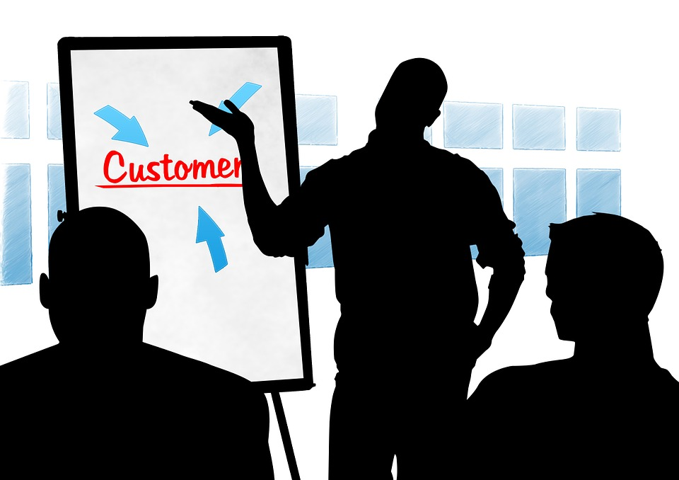 Zadowolony klient podstawą udanego biznesu – jak o niego zadbać?